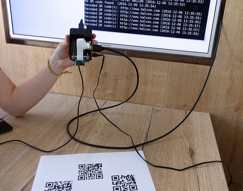 Raspberry Pi 3 reading QR codes